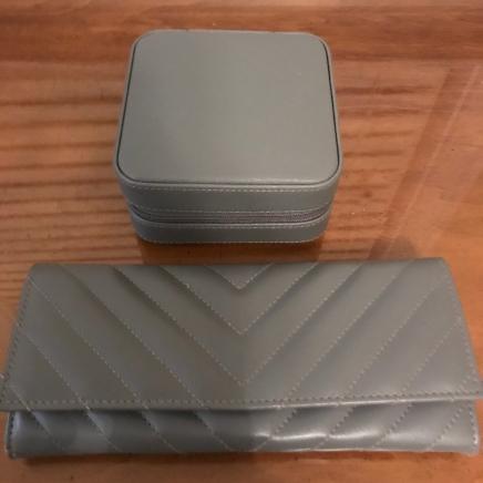 box and wallet
