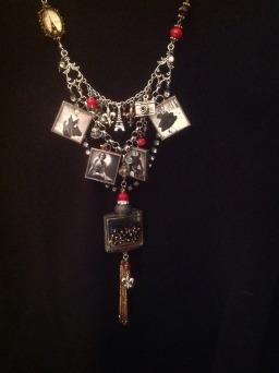 AM necklace